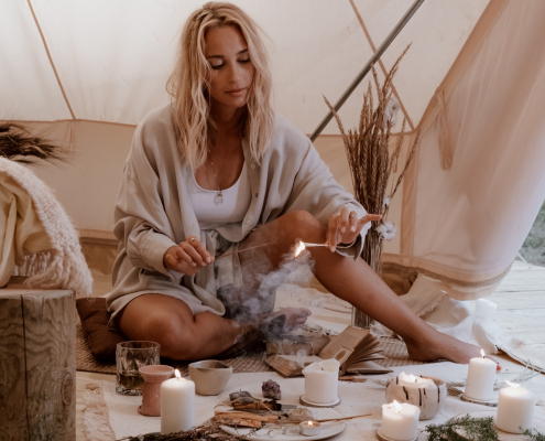 5 Tips for Burning Incense in Your Own Home