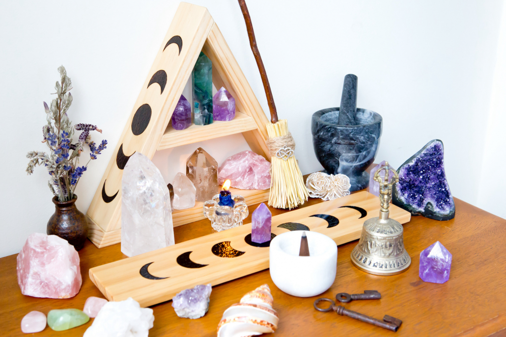 The Best Incense Sticks for Each Healing Crystal
